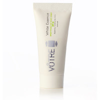 White-Essence-brightening-day-moisturiser-SPF-25-resize