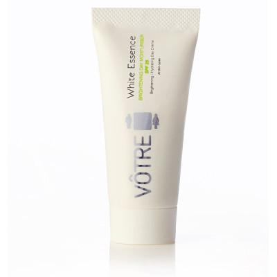 White-Essence-brightening-day-moisturiser-SPF-25-resize
